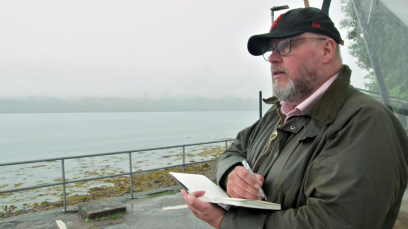 Brian Ramsey sketching at Loch Fyne